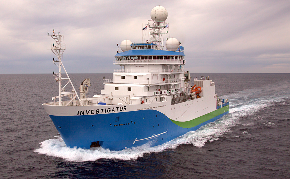 MOU establishes Centre for Antarctic and Southern Ocean Technology in Tasmania