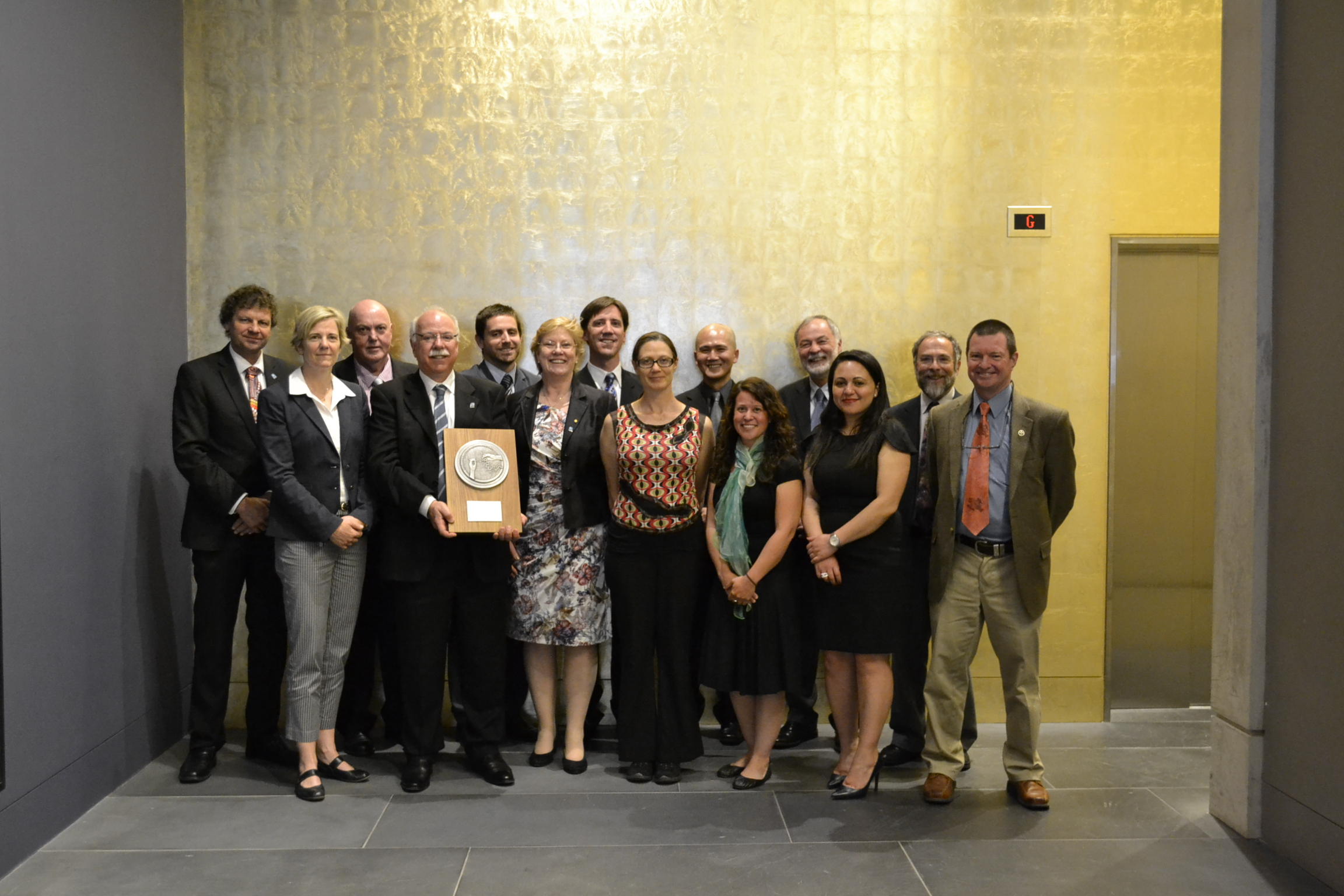 Group photo of the 2014 CSIRO Chairman's Medal winning team.