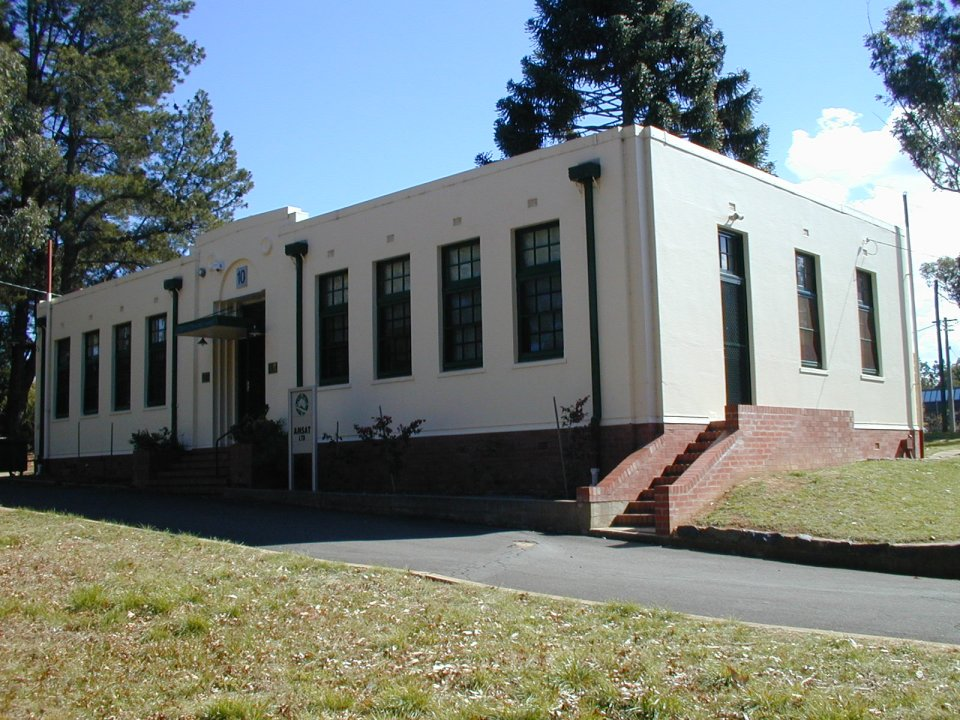 image of former museum building at yarralumla site