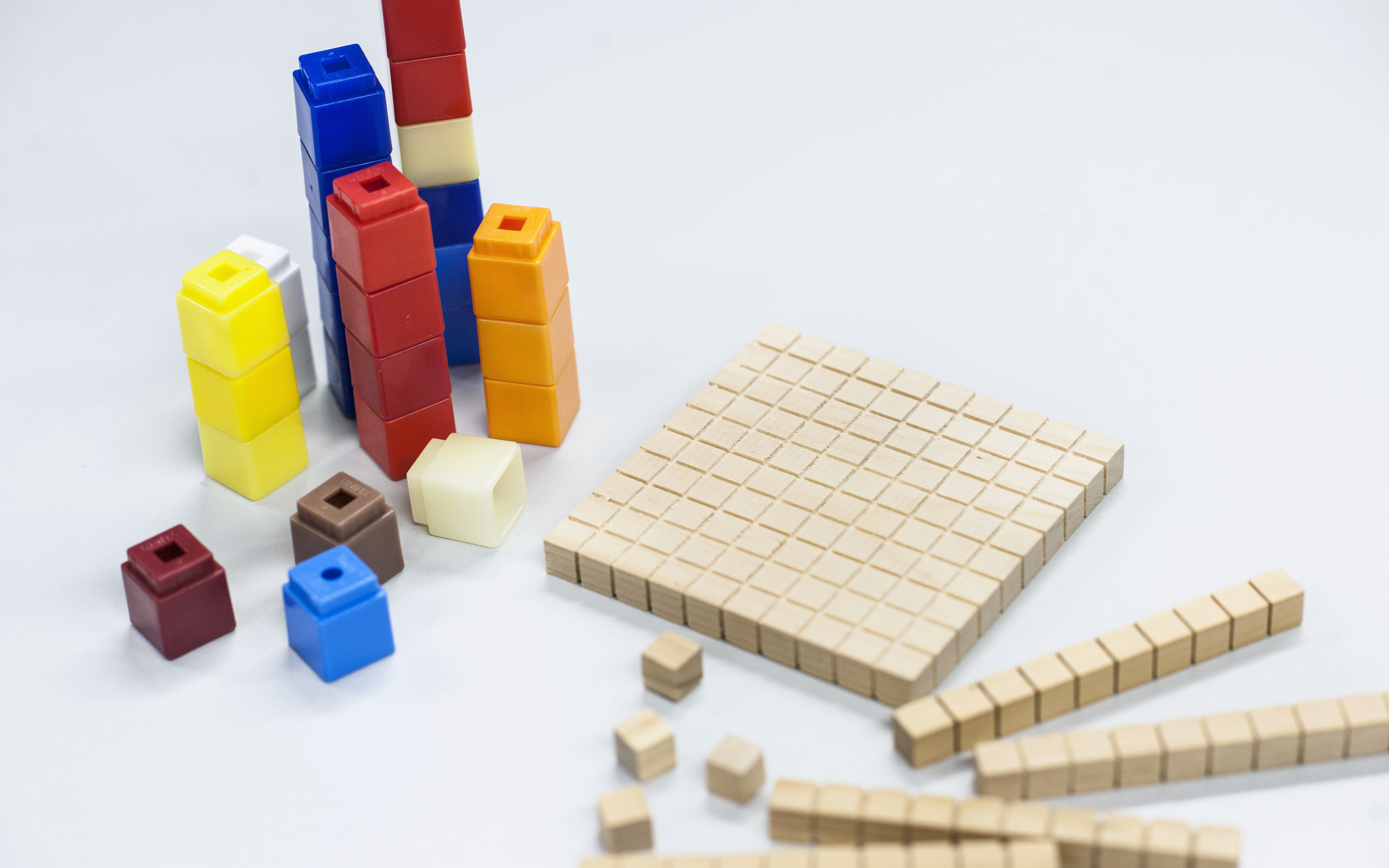 Image of maths counting blocks