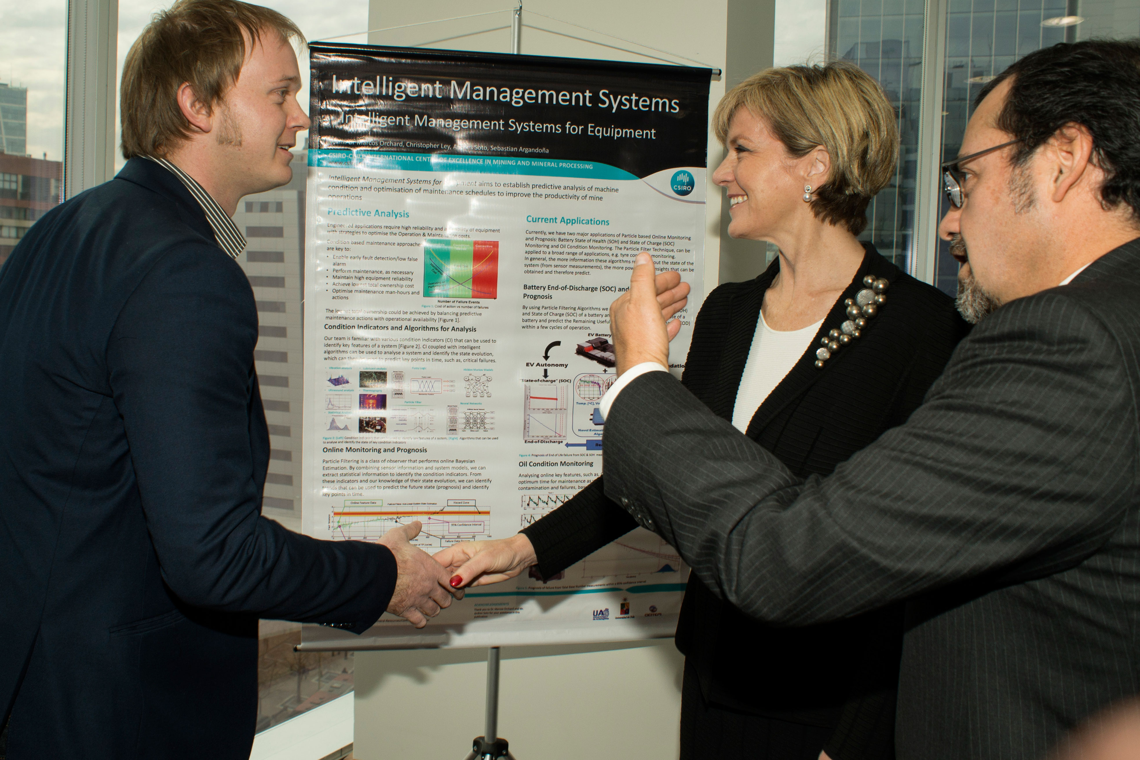 Julie Bishop MP shakes hands with CSIRO researcher Christopher Ley and Executive Director of CSIRO Chile, Dr Orlando Jiménez.
