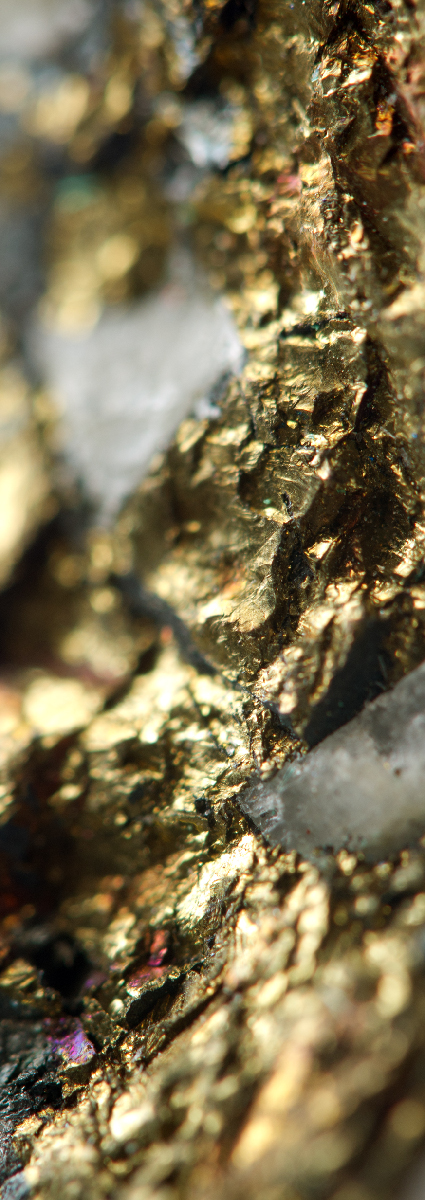 Close up of gold mineral ore in natural state