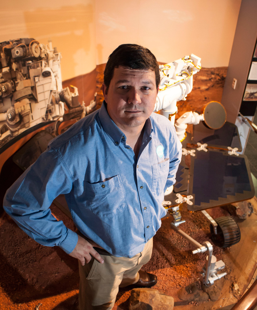 CSIRO microsensor specialist Paulo de Souza has worked with NASA on the Mars Rover Program.