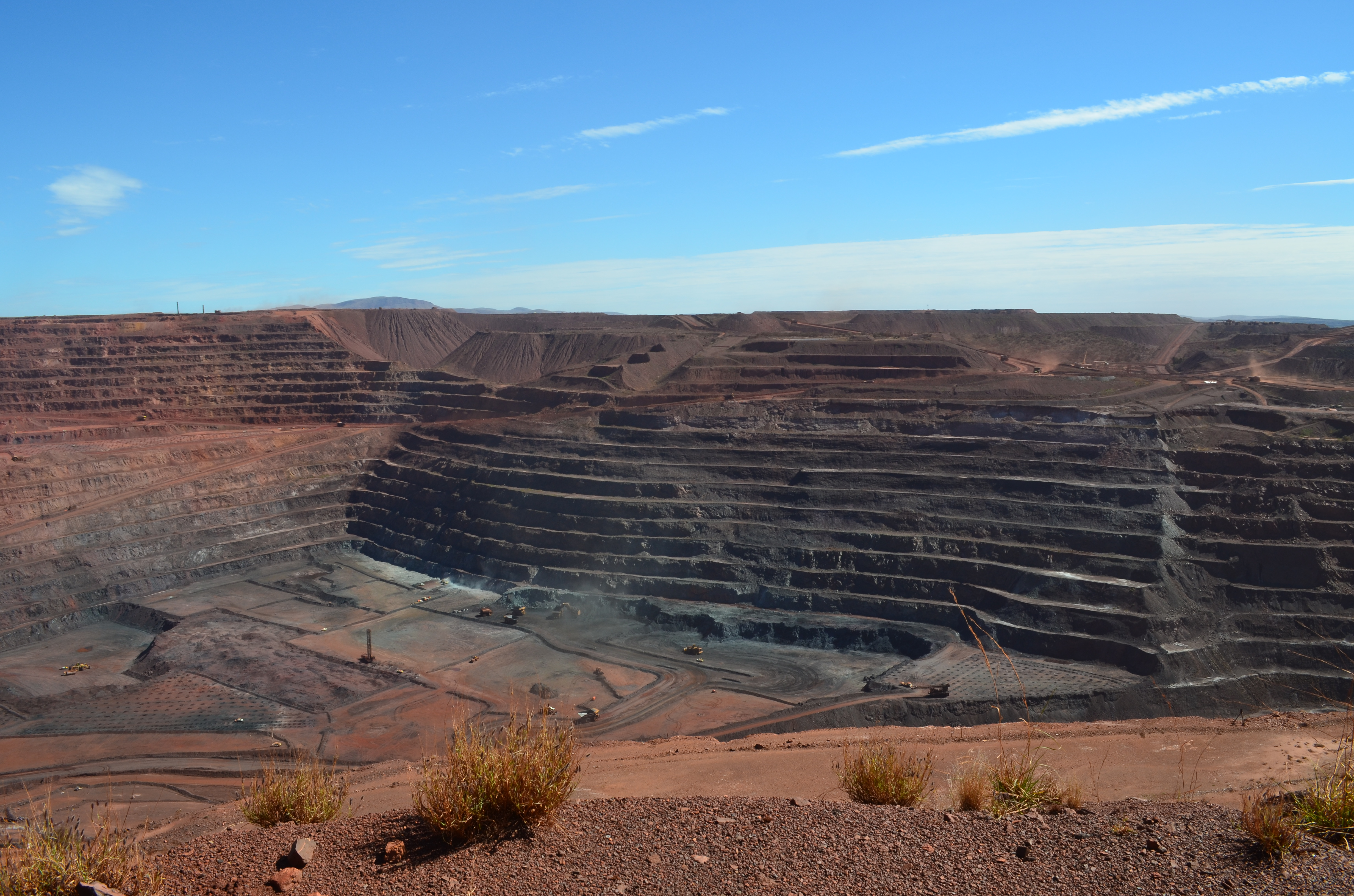View across the open cut mine at Mount Whaleback.