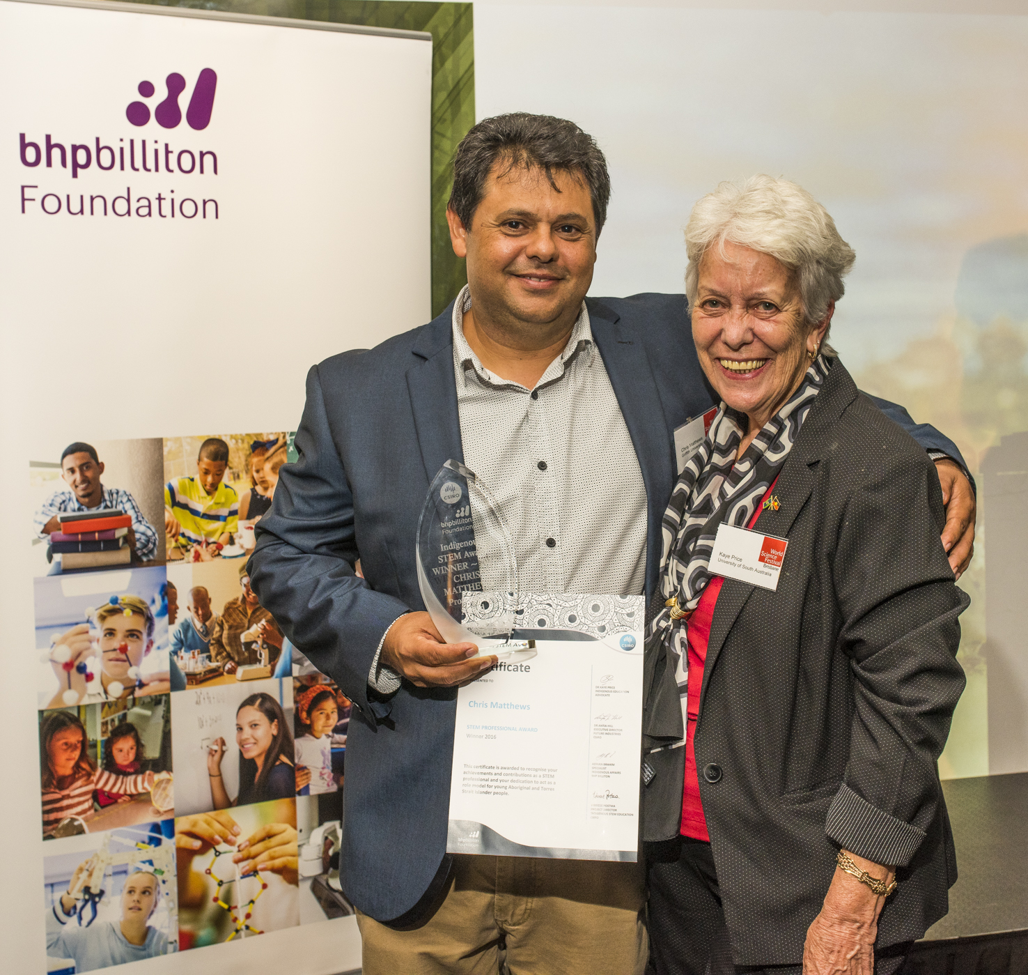 Dr Chris Matthews and Dr Kaye Price at the Indigenous STEM Professional Award ceremony.