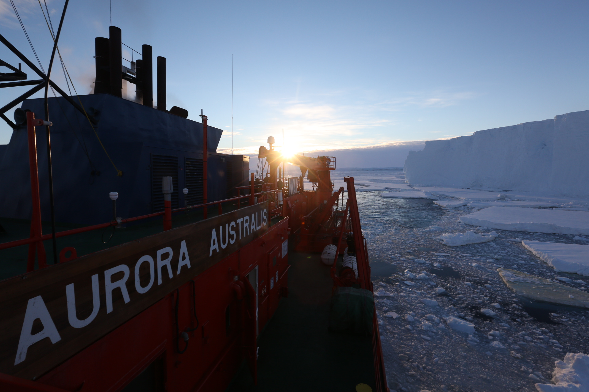 The side of the Aurora Australis ship with Totten Glacier on the right.